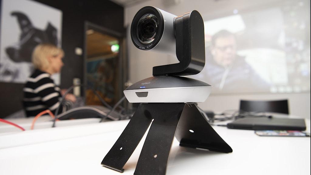 digitalkamera på bord