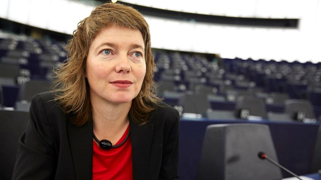 Europaparlamentariker Malin Björk (V) är kritisk