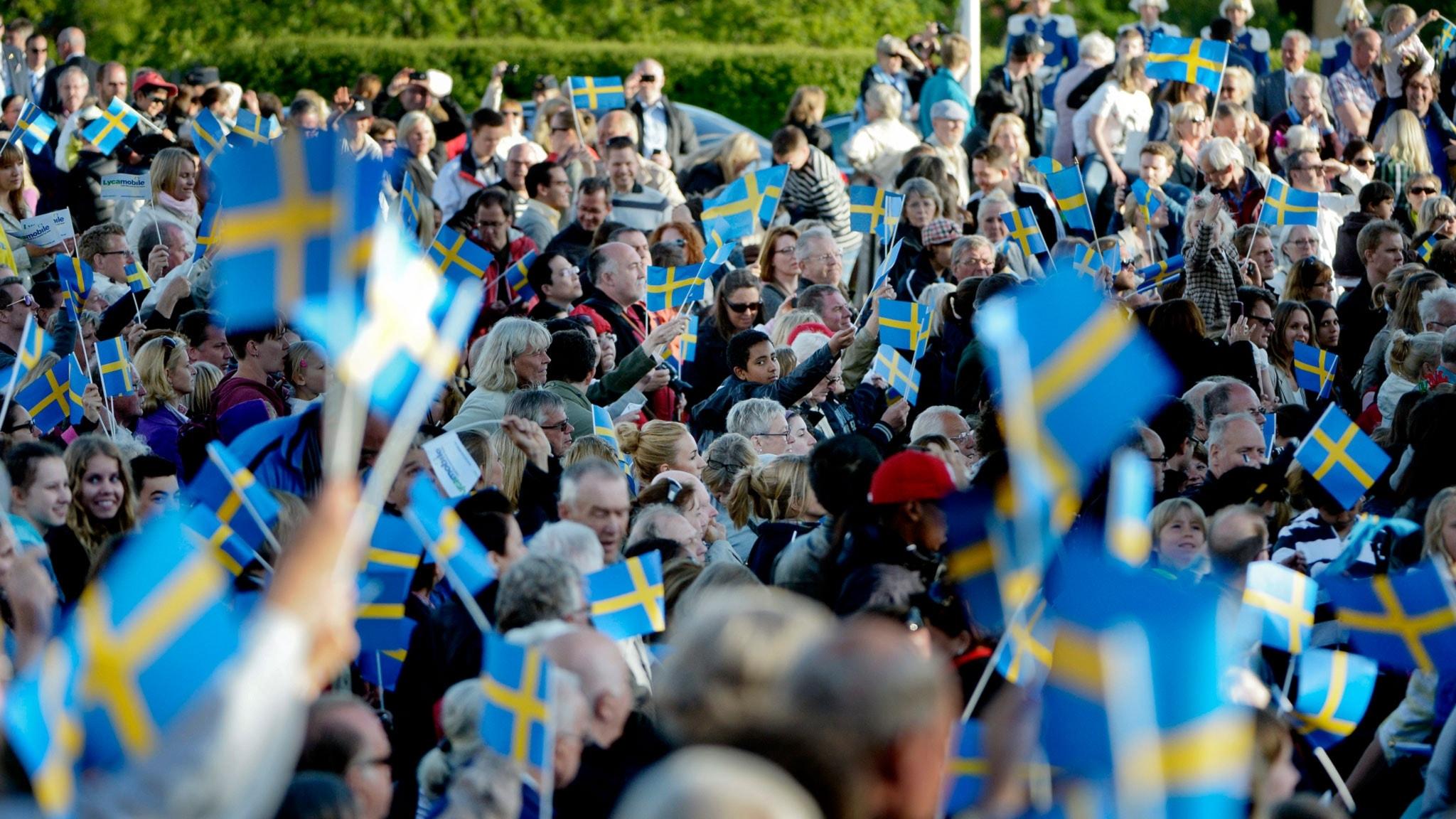 Hur många människor bor det i Sverige