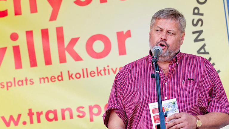 Lars Lindgren, Transport.