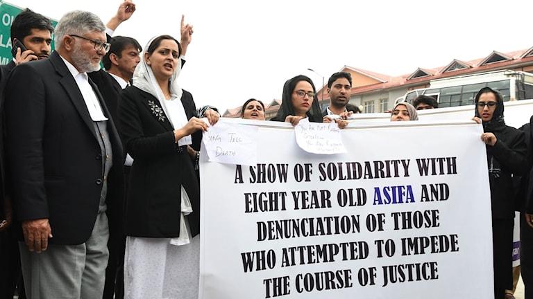 Fallet har väckt stor avsky och lett till protester runt om i landet under de senaste dagarna.