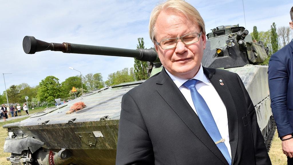 Försvarsminister Peter Hultqvist (S) vill återfå beredskapen som rådde under kalla krigets dagar.
