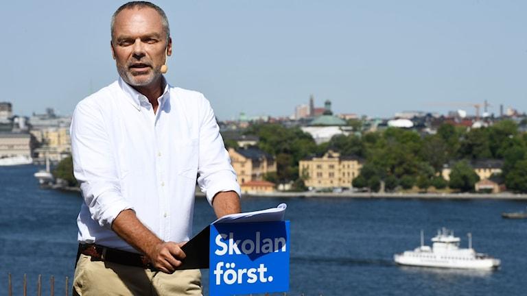 Liberalernas partiledare Jan Björklund (L) sommartalar på Ersta terassen i Stockholm. Foto: Henrik Montgomery / TT