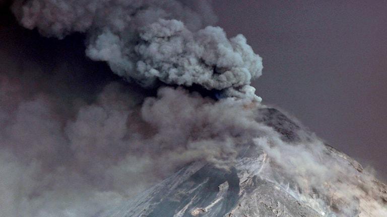 Vulkanen Fuego i Guatemala