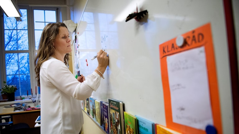 lärare, skola, klassrum, undervisning, utbildning, lärarbrist