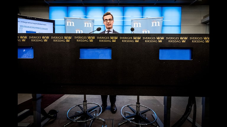 Moderaternas ekonomisk-politiske talesperson Ulf Kristersson kommenterar budgeten på en pressträff