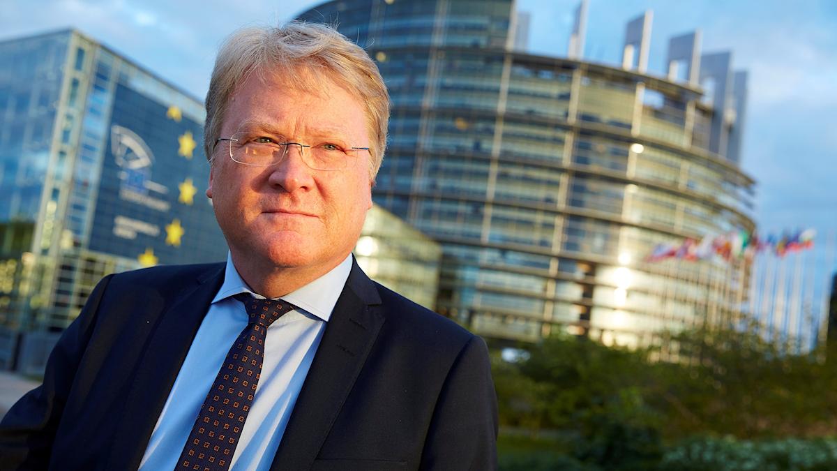 Lars Adaktusson, KD, farmför EU-parlamentet