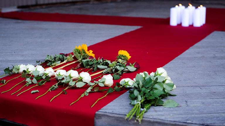 Blommor och ljus