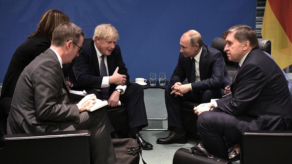 Boris Johnson. Putin.