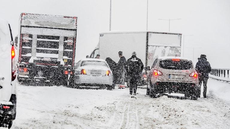 Tranebergsbron i Stockholm efter kraftiga snöfallet i början på november.