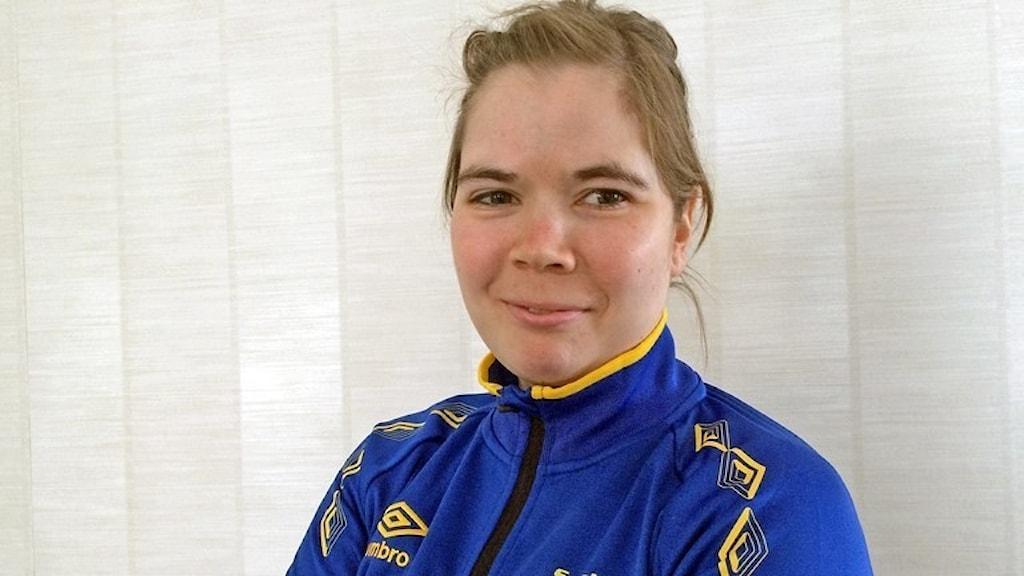 Lovisa Danielsson från Frösön tävlar i längdskidor.