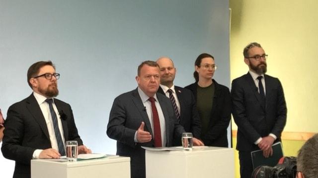 Danmarks statsminister Lars Løkke Rasmussen presenterade sitt gettopaket.