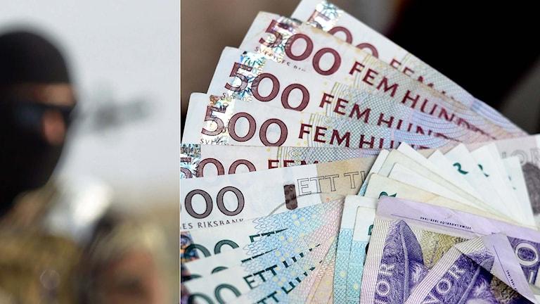 En man klädd i en så kallad bacclava och svenska sedlar.