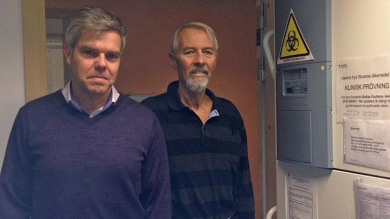 Professor Magnus Essand vid Uppsala universitet  och hans patient Jan-Erik Jansson.