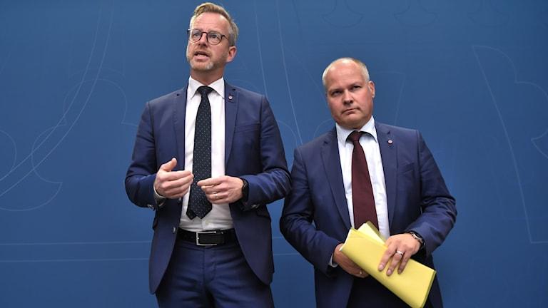 Inrikesminister Mikael Damberg (S) och justitieminister Morgan Johansson (S) kommenterar dagens möte.