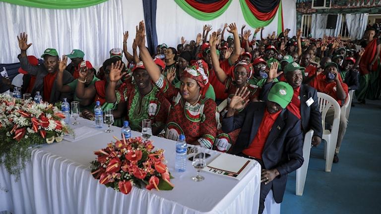 Oppositionspartimedlemmar i Burundis huvudstad Bujumbura.