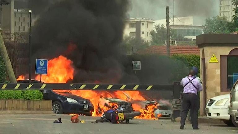 Stillbild från video som visar explosioner i Kenyas huvudstad Nairobi.