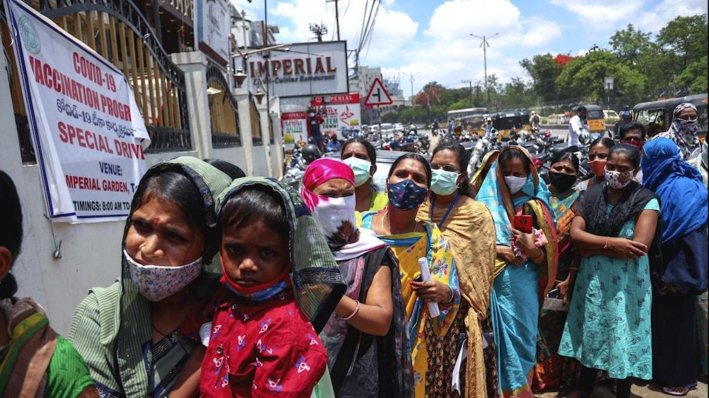 Gratis vaccin till alla i Indien