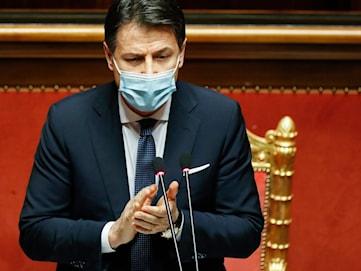 Conte får sitta kvar - men regeringskrisen inte över