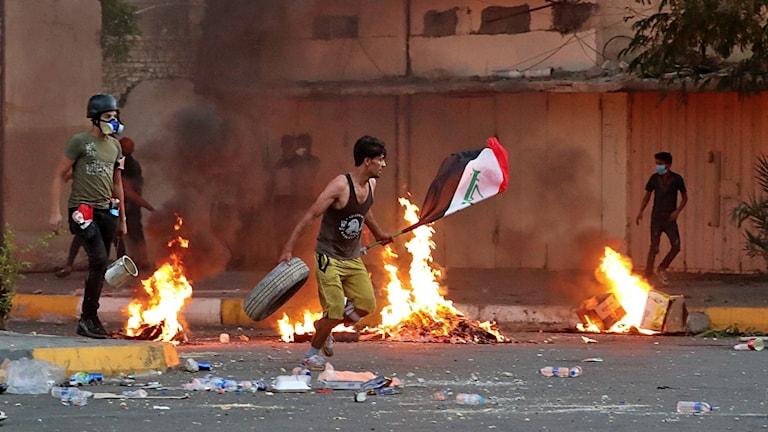 Protester i Bagdad.