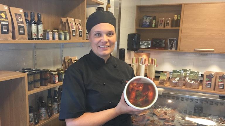 Maria Carlén, fisk- och kräftförsäljare vid Vättern.