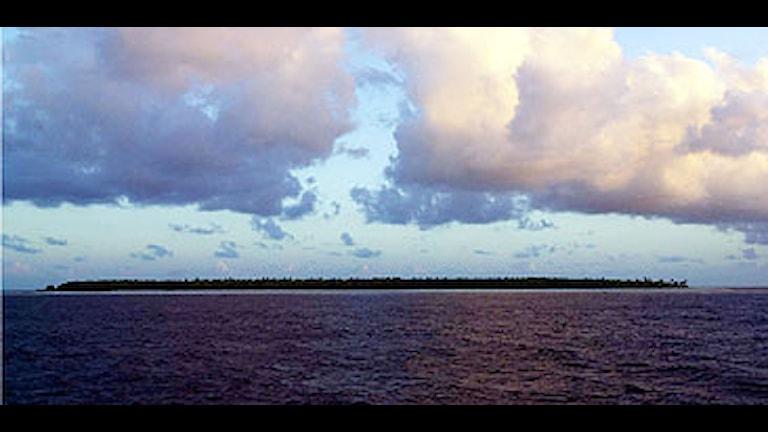 Stillahavsnationen Kiribati ligger bara ett par meter ovanför havsnivå. Foto: Katsumi Kasahara/Scanpix.