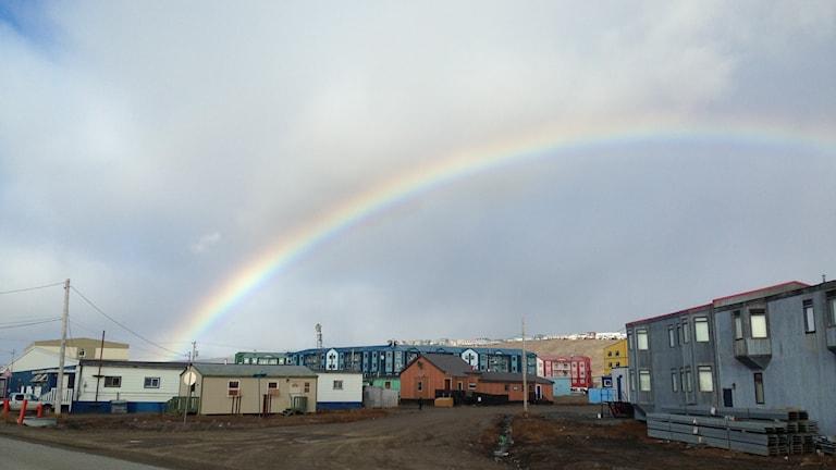 Iqaluit med knappt 7 000 invånare är huvudstad i territoriet Nunavut i Kanadas Arktis.