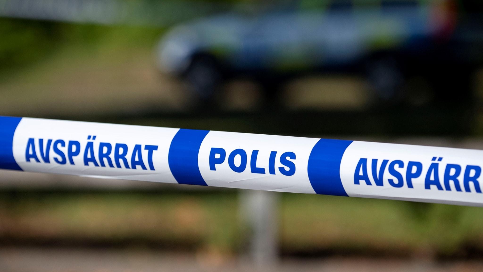 Arig pojke uppges misshandlad och knivskuren vid skola