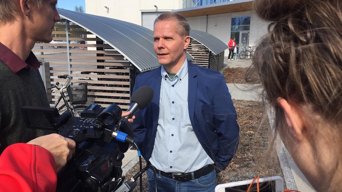 Kaj Linna släpptes fri i väntan på slutlig dom