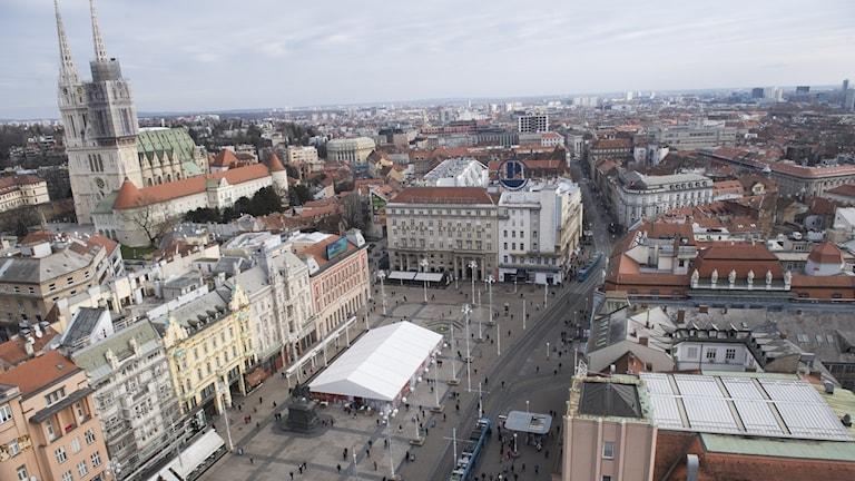 Bild på torg i Zagreb.