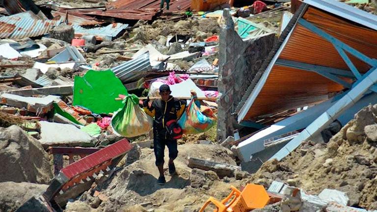 Eftter Tsunamin i Palu