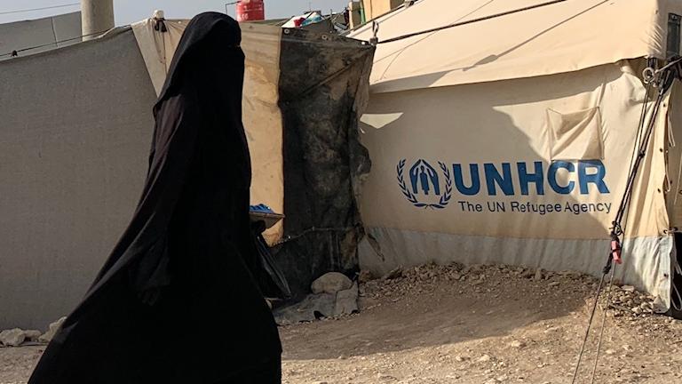 Kvinna i al-Hol-lägret i norra Syrien.