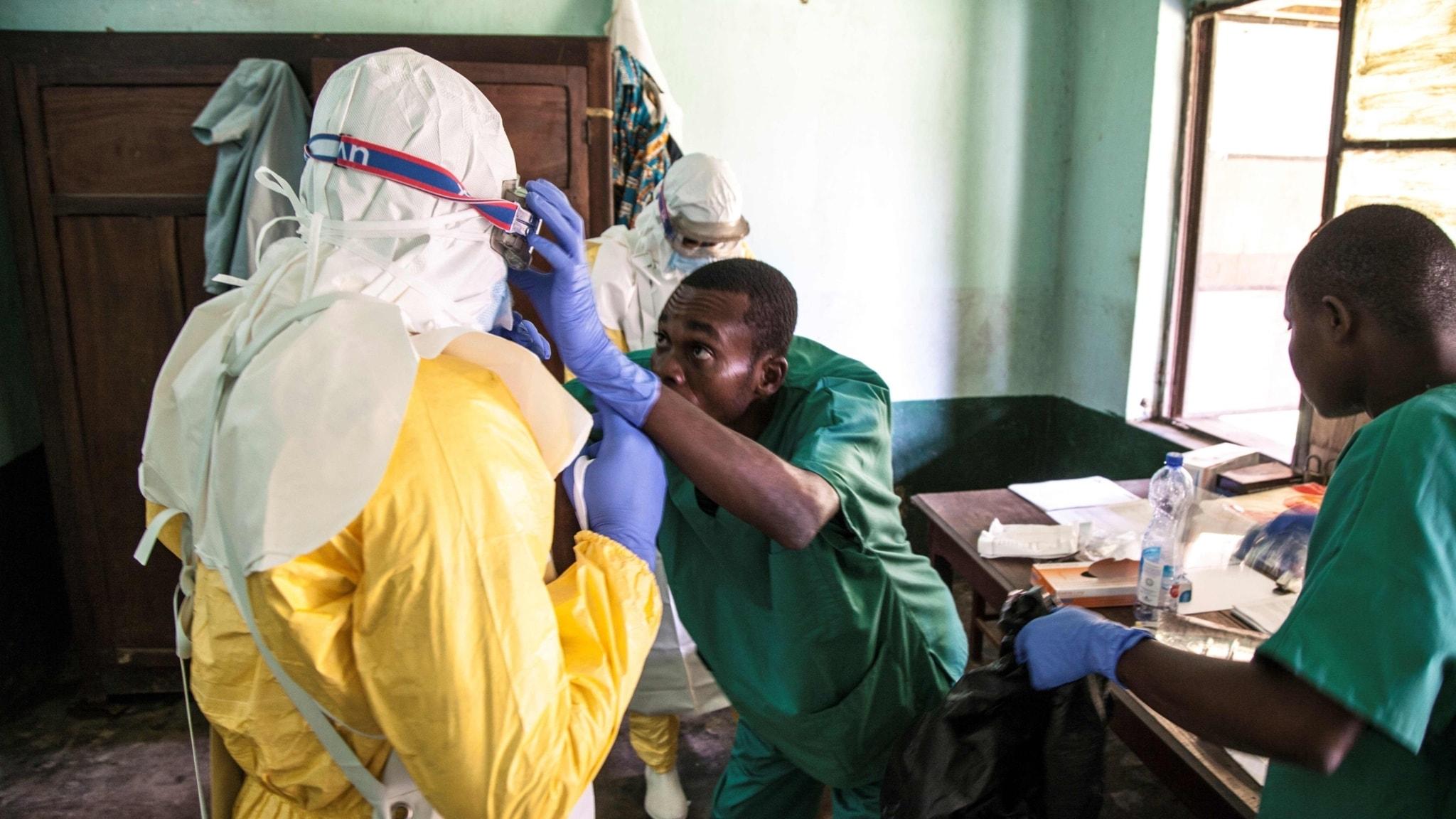 Ebola hotar i krigshärjat land
