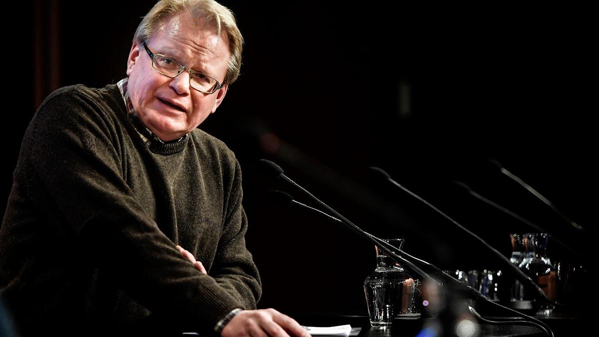 Försvarsminister Peter Hultqvist (S) talar vid Folk och Försvars rikskonferens i Sälen på måndagen.