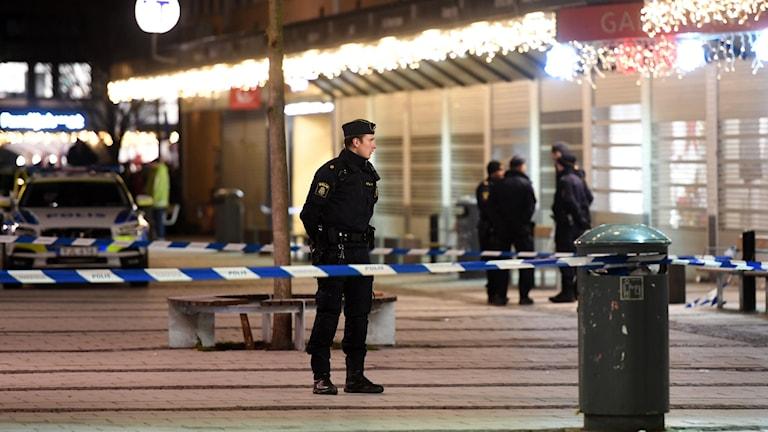 Risk för nya skjutningar i Rinkeby om ingen misstänkt grips.