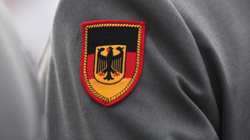 ett emblem för det tyska försvaret.