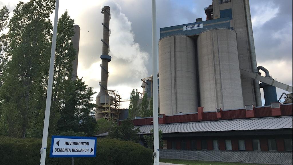 Cementa i Slite på Gotland släpper ut drygt 1,7 miljoner ton koldioxid per år.