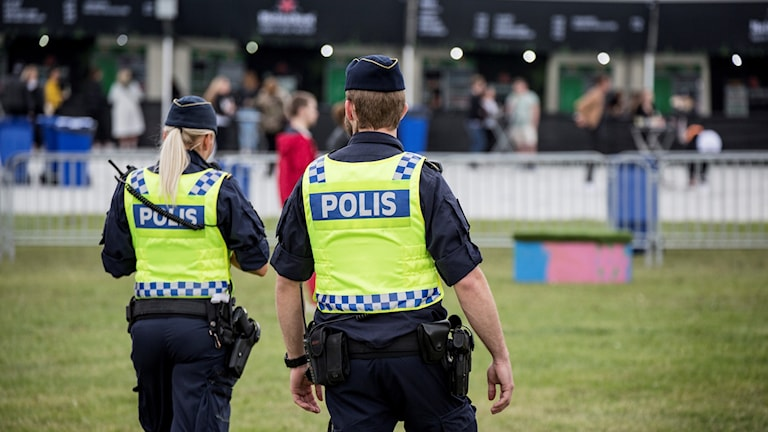 Poliser, polis
