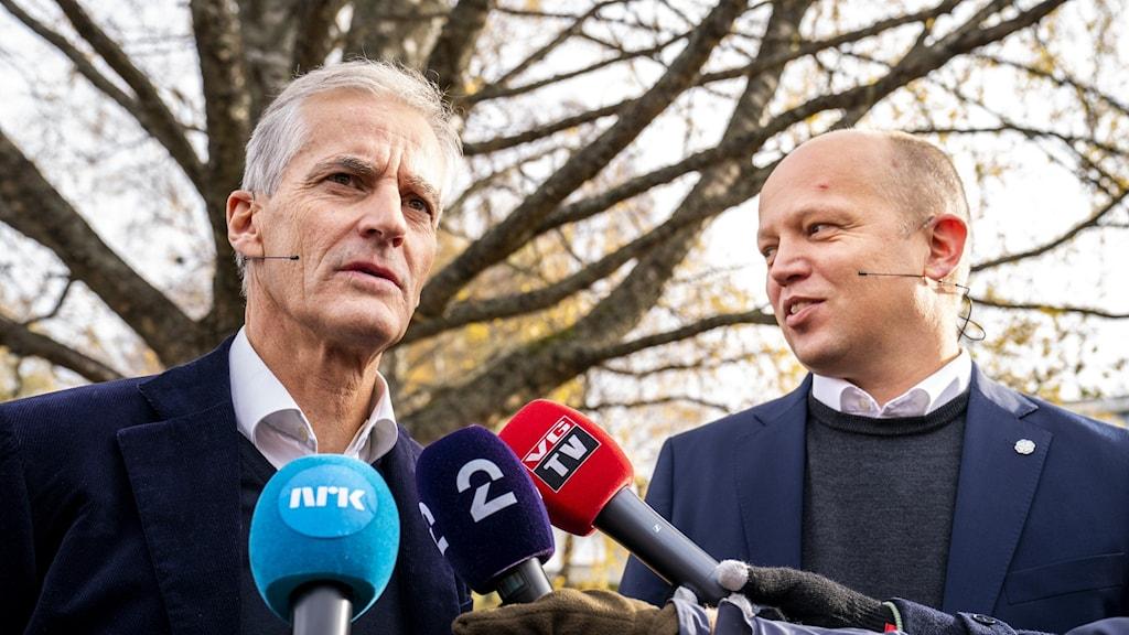 Jonas Gahr Støre, Arbeiderpartiet och Trygve Slagsvold Vedum, Senterpartiet har lagt fram nya regeringsplatformen.