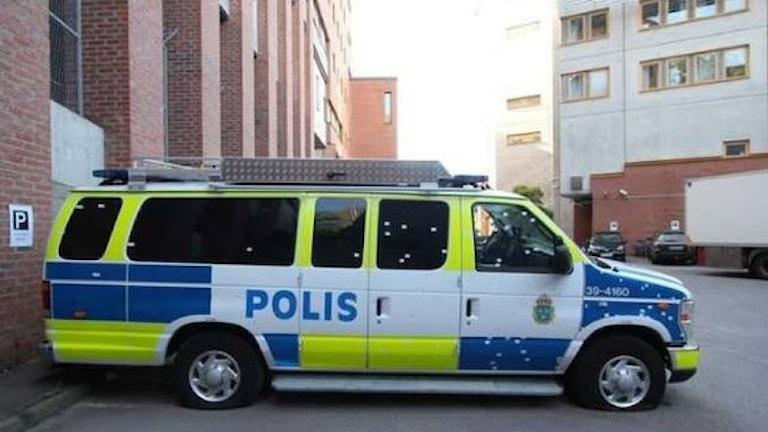 Polisbuss.
