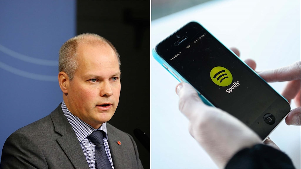 Justite- och migrationsminister Morgan Johansson och en person som håller i en mobil som visar Spotify.