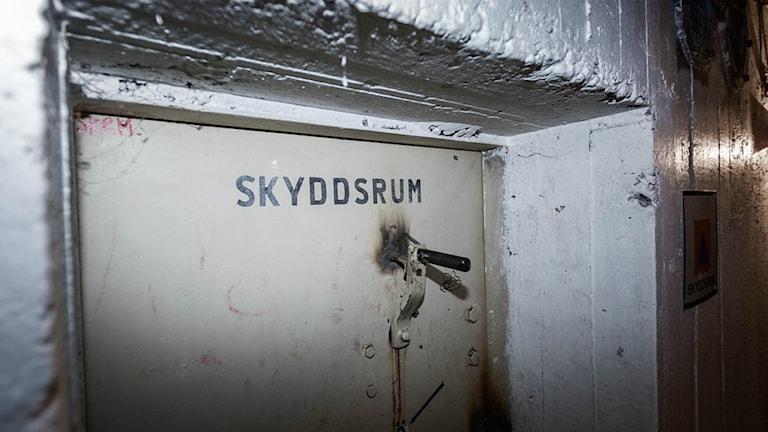 STOCKHOLM 2017-07-12 Skylt utanför ett skyddsrum Foto: Adam Wrafter / SvD / TT /
