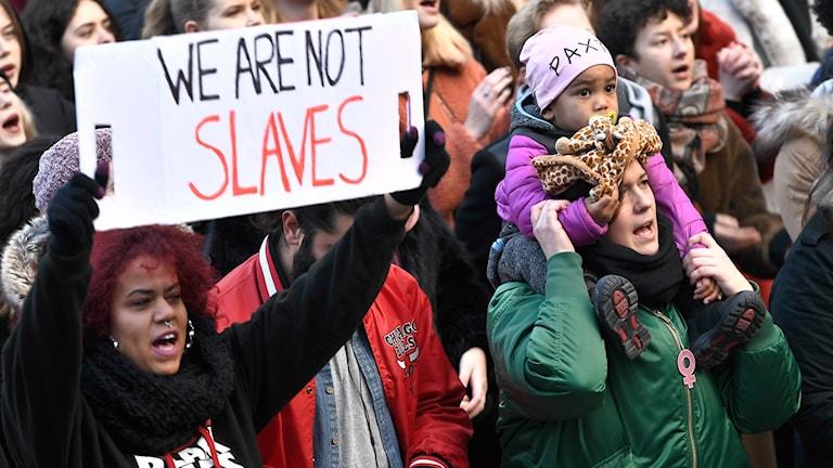Demonstration mot slavhandel i Libyen