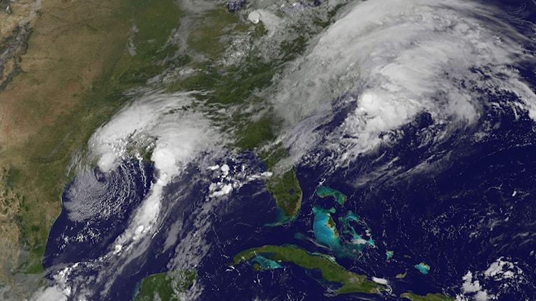 Bild från NASA visar stormen Harveys framfart