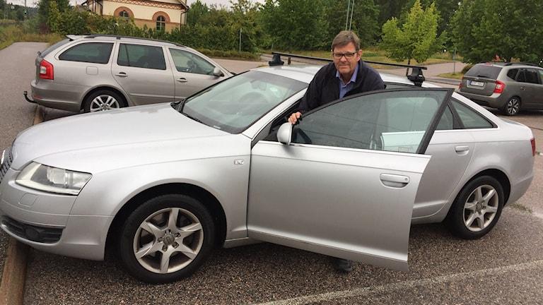 Lars-Ove Lundin med bil
