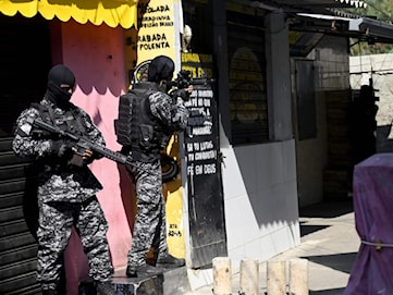 Över 20 döda i skjutning i Rio de Janeiro