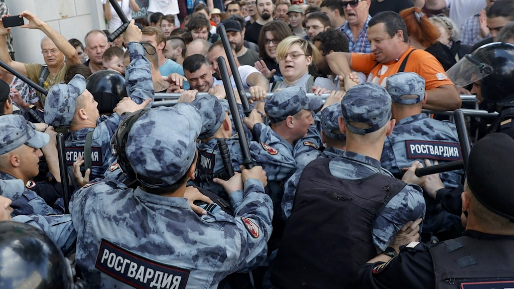 Protester i Ryssland.