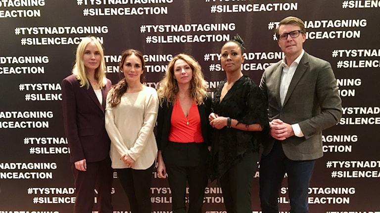 Moa Gammel, Alexandra Rapaport, Sofia Ledarp med kultur- och demokratiminister Alice Bah Kuhnke och SF Studios VD Michael Porseryd.
