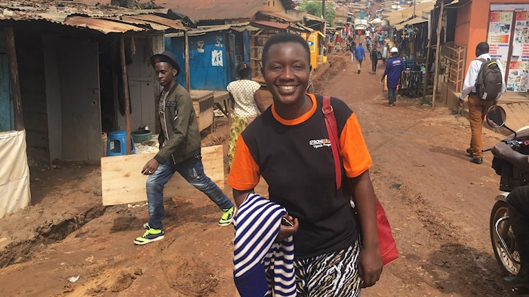 Gorret Ahebwa i Ugandas huvudstad Kampala var djupt deprimerad för fem år sedan och övervägde självmord, när en granne övertalade henne att komma till hjälporganisationen Strongminds nystartade gruppterapi för deprimerade kvinnor.