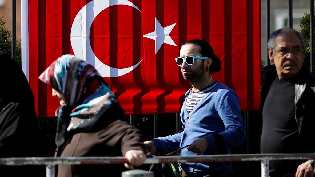 Turkar i Tyskland varnas
